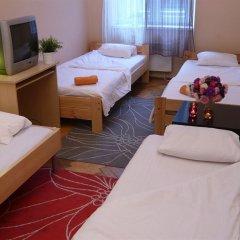 Отель Aston Hostel Польша, Краков - отзывы, цены и фото номеров - забронировать отель Aston Hostel онлайн комната для гостей фото 2