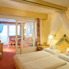 Alpenbad Hotel Hohenhaus комната для гостей фото 5