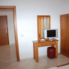 Отель Vola Албания, Саранда - отзывы, цены и фото номеров - забронировать отель Vola онлайн удобства в номере фото 2