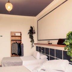 Отель Casa Gracia Barcelona Suites Испания, Барселона - 1 отзыв об отеле, цены и фото номеров - забронировать отель Casa Gracia Barcelona Suites онлайн комната для гостей