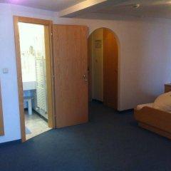 Отель Alpenhotel Enzian Зёльден удобства в номере