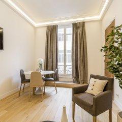 Отель We Stay - Champs Elysées 75008 Франция, Париж - отзывы, цены и фото номеров - забронировать отель We Stay - Champs Elysées 75008 онлайн комната для гостей фото 4
