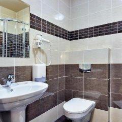Гостиница Gray Hotel & Restaurant в Брянске отзывы, цены и фото номеров - забронировать гостиницу Gray Hotel & Restaurant онлайн Брянск ванная