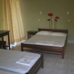 Vamvini Hotel Ситония комната для гостей фото 2