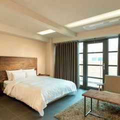 E-HOTEL комната для гостей