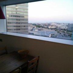 Отель Akira Flats Fira Gran Via Barcelona Оспиталет-де-Льобрегат балкон