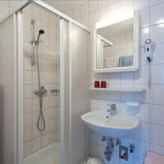 Отель Haus Mary Австрия, Зёлль - отзывы, цены и фото номеров - забронировать отель Haus Mary онлайн ванная фото 2