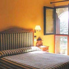 Отель Obispo Испания, Фуэнтеррабиа - отзывы, цены и фото номеров - забронировать отель Obispo онлайн комната для гостей фото 2