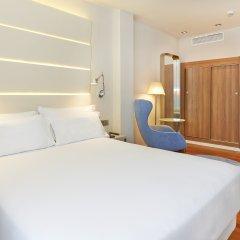 Отель NH Barcelona Les Corts Испания, Барселона - 1 отзыв об отеле, цены и фото номеров - забронировать отель NH Barcelona Les Corts онлайн комната для гостей фото 4
