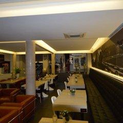Отель Amosa Liège гостиничный бар