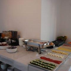 Отель Piramida Албания, Ксамил - отзывы, цены и фото номеров - забронировать отель Piramida онлайн питание фото 2