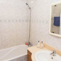 Отель Arquinha Apartment Португалия, Понта-Делгада - отзывы, цены и фото номеров - забронировать отель Arquinha Apartment онлайн ванная фото 2
