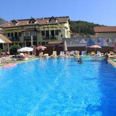 Carmina Hotel Турция, Олудениз - 3 отзыва об отеле, цены и фото номеров - забронировать отель Carmina Hotel онлайн бассейн фото 3