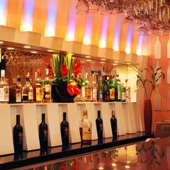 Отель Cebu Grand Hotel Филиппины, Себу - 1 отзыв об отеле, цены и фото номеров - забронировать отель Cebu Grand Hotel онлайн гостиничный бар