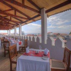DoubleTree by Hilton Hotel Zanzibar - Stone Town питание фото 3