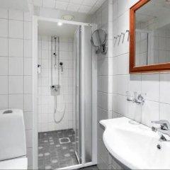 Отель Scandic Kallio Финляндия, Хельсинки - - забронировать отель Scandic Kallio, цены и фото номеров ванная фото 2