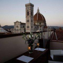 Отель Domux Home Ricasoli Италия, Флоренция - отзывы, цены и фото номеров - забронировать отель Domux Home Ricasoli онлайн балкон