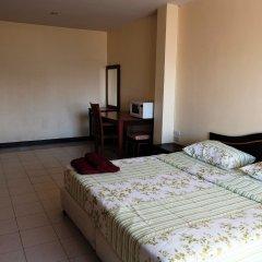 Апартаменты Parinya's Apartment Паттайя комната для гостей фото 5
