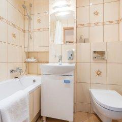 Отель Accommodo Apartament Emilii Plater Польша, Варшава - отзывы, цены и фото номеров - забронировать отель Accommodo Apartament Emilii Plater онлайн ванная фото 2