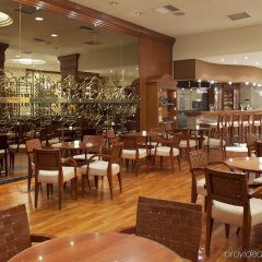 Отель Holiday Inn Thessaloniki питание фото 2