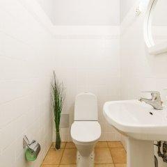 Гостиница Little Italy Apartment 140m2 в Санкт-Петербурге отзывы, цены и фото номеров - забронировать гостиницу Little Italy Apartment 140m2 онлайн Санкт-Петербург ванная
