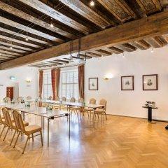 Отель Radisson Blu Altstadt Зальцбург фитнесс-зал