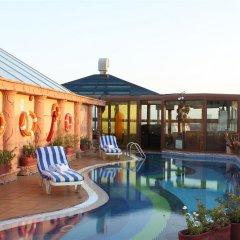 Отель Sea View Hotel ОАЭ, Дубай - отзывы, цены и фото номеров - забронировать отель Sea View Hotel онлайн бассейн фото 2
