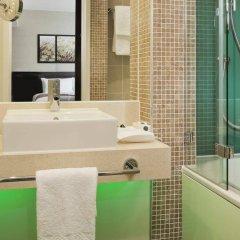 Отель Holiday Inn London Commercial Road ванная