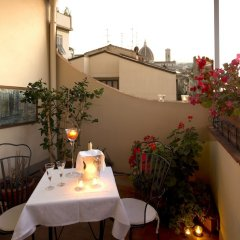 Отель De La Pace, Sure Hotel Collection by Best Western Италия, Флоренция - 2 отзыва об отеле, цены и фото номеров - забронировать отель De La Pace, Sure Hotel Collection by Best Western онлайн балкон