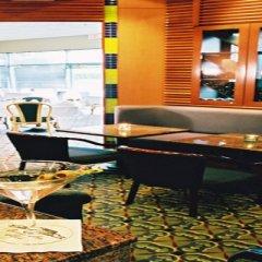 Отель Executive Hotel & Conference Center, Burnaby Канада, Бурнаби - отзывы, цены и фото номеров - забронировать отель Executive Hotel & Conference Center, Burnaby онлайн гостиничный бар