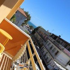 Hotel Nella Римини балкон