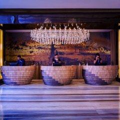 Отель Grand Mercure Yogyakarta Adi Sucipto Индонезия, Слеман - отзывы, цены и фото номеров - забронировать отель Grand Mercure Yogyakarta Adi Sucipto онлайн гостиничный бар