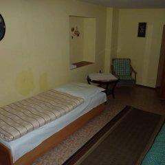 Отель Penzion U Doubku Карловы Вары спа
