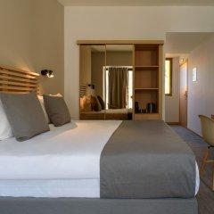 Отель Fos DownTown Suites Афины комната для гостей фото 10