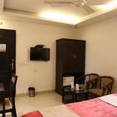 Отель Walnut Castle Индия, Нью-Дели - отзывы, цены и фото номеров - забронировать отель Walnut Castle онлайн удобства в номере