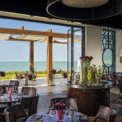 Отель Four Seasons Resort Dubai at Jumeirah Beach питание фото 2