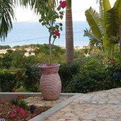 Отель Emerald View Resort Villa пляж