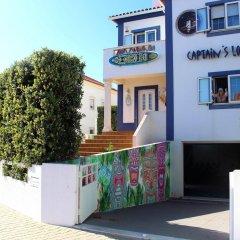 Отель Captain's Log House парковка