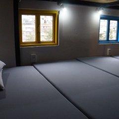 Grey Monkey Dalat Hostel Далат комната для гостей