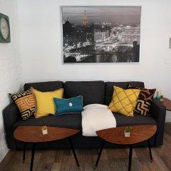 Отель NY079 1 Bedroom Apartment By Senstay США, Нью-Йорк - отзывы, цены и фото номеров - забронировать отель NY079 1 Bedroom Apartment By Senstay онлайн комната для гостей фото 3