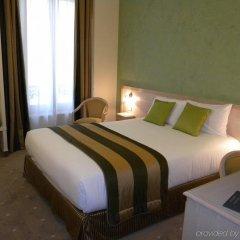 Отель Champerret Elysees Париж комната для гостей фото 4