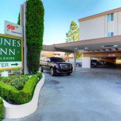 Отель Dunes Inn - Wilshire парковка