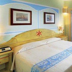 Отель Grand Hotel Smeraldo Beach Италия, Байя-Сардиния - 1 отзыв об отеле, цены и фото номеров - забронировать отель Grand Hotel Smeraldo Beach онлайн сейф в номере