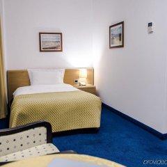 Отель Airport Tirana Албания, Тирана - отзывы, цены и фото номеров - забронировать отель Airport Tirana онлайн комната для гостей фото 2