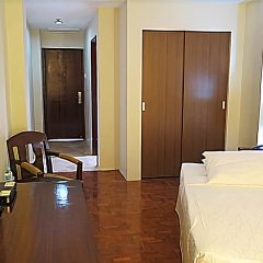 Century Plaza Hotel комната для гостей фото 3