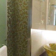 Отель Robertson Quay Hotel Сингапур, Сингапур - отзывы, цены и фото номеров - забронировать отель Robertson Quay Hotel онлайн ванная фото 2