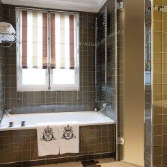 Отель Majestic Apartments Champs Elysées Франция, Париж - отзывы, цены и фото номеров - забронировать отель Majestic Apartments Champs Elysées онлайн ванная