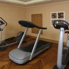Отель Lindner Hotel Prague Castle Чехия, Прага - 2 отзыва об отеле, цены и фото номеров - забронировать отель Lindner Hotel Prague Castle онлайн фитнесс-зал