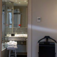 Отель Paseo Del Arte Испания, Мадрид - 7 отзывов об отеле, цены и фото номеров - забронировать отель Paseo Del Arte онлайн ванная