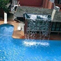Hotel Carol бассейн